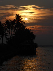 Sunset over Kerala (Aidan McRae Thomson) Tags: sunset sky india kerala kumarakom