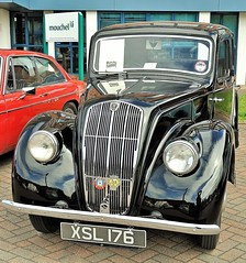 22891 (benbobjr) Tags: uk greatbritain england lake english pool car marina river classiccar unitedkingdom britain lincolnshire lincoln gb british mere witham midlands moorings eastmidlands brayford classiccarshow brayfordpool riverwitham classiccarrally rnbwitham lincolnshirelouthmotorclub brayfordmere lincolnclassiccarrally 2014lincolnclassiccarrally