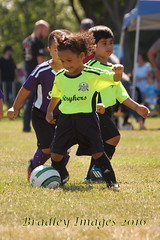On The Move. (daddydell28) Tags: bradleyimages sports sacramentocalifornia little league nikond40 players field ball soccer