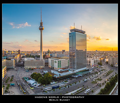 Berlin Sunset (Hagens_world) Tags: city sunset sky urban building berlin nature skyline architecture canon germany landscape deutschland twilight construction arquitectura europa torre sonnenuntergang sundown dusk capital hauptstadt natur himmel natura paisaje cielo architektur alemania ddr dmmerung landschaft bauwerk mitte gdr televisiontower konstruktion baukunst berlinerfernsehturm torredetelevisin repblicafederaldealemania canoneos5dmarkiii