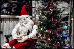Mistakes Were Made (MisterQueue) Tags: santa christmas xmas art folkart ar folk springs santaclaus arkansas claus eureka eurekasprings