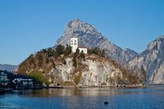 Traunkirchen - Blick zum Traunstein (Andreas669) Tags: lake mountains alps austria see sterreich berge alpen bergsee obersterreich traunstein salzkammergut traunsee