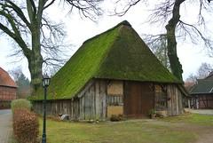 Lüneburger Heide (ivlys) Tags: nature barn germany landscape deutschland landschaft lüneburgerheide niedersachsen scheune undeloh ivlys luneburgheath