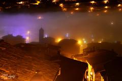 Madrugada de nieblas... (E.M.Lpez) Tags: color luz noche andaluca torre pueblo iglesia ciudad nocturna otoo fro niebla diciembre calles madrugada jan navideo 2014 alumbrado nieblas alcallareal bancodeniebla