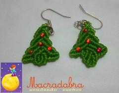Aretes de arbolito de navidad #macrame (Macradabra) Tags: navidad regalos arbolitos regalitos aretes macram macradabra