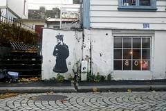 La Staa (motveggen) Tags: streetart stencil mann bergen portrett gatekunst menneske lastaa streetartbergen