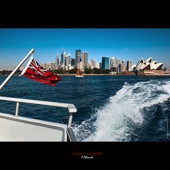SYDNEY - CRUISE (frd33) Tags: boat sydney australia bateau drapeau australie frd33 fdelouveephotographiecom