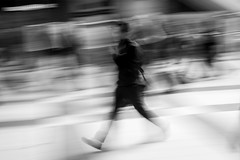 Rush Hour (Yannis_K) Tags: blackandwhite blur monochrome speed streetphotography motionblur rushhour nikon35mmf18dx nikond7100 yannisk