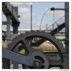 Bovenleidingspanner (MaxAmy Photography) Tags: detail train railway trein botlek hoogvliet aveling jaarproject