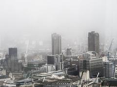 London Skyline (FloBue) Tags: city england london fog cityscape nebel stadt architektur highkey nebbia londra architettura citt inghilterra 2016 stadtansicht