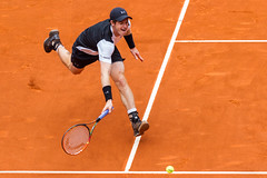 El vuelo de Andy (chuscordeiro) Tags: madrid parque espaa andy canon atp tenis 7d deporte masters turismo murray 70200 1000 tierra vuelo manzanares batida raqueta tenista cajamagica
