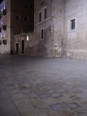 Siracusa_228_1718 (Dubliner_900) Tags: nightshot olympus sicily sicilia siracusa ortigia notturno siracuse micro43 handshold mzuikodigital17mm118 omdem5markii
