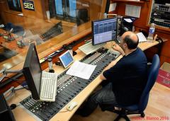 ON AIR (pabloi) Tags: radio de zaragoza aragon ser cadena sonido tecnico h25 dhd4200
