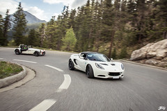 Lotus Elise SC / Caterham R300 (Jpog photographie) Tags: summer mountain france alps ford st montagne alpes french lotus sunny roadtrip renault sirius t rs caterham izoard r300 cayolle