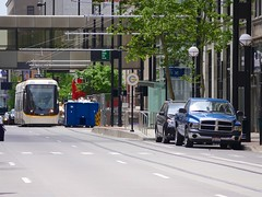 Cincinnati Streetcar (Travis Estell) Tags: ohio mainstreet downtown cincinnati transport tram transportation transit cbd streetcar caf centralbusinessdistrict lrv lightrailvehicle downtowncincinnati modernstreetcar cincinnatistreetcar cincystreetcar cafurbos3 mainstreetcincy cincinnatistreetcar1178