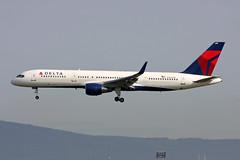 Delta Air Lines Boeing 757-231 N723TW (Kambui) Tags: air delta boeing fra deltaairlines 752 kambui 757231 n723tw