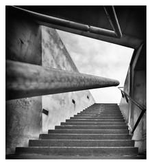 Urban geometry (leo.roos) Tags: stairs staircase trap erasmusbrug a7s sonye1628 modifiedforff rotterdam dyxummeet paul paulemans snegren darosa leoroos handrail leuning geometry noiretblanc july2016