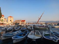 Harbour at Bol (20denier) Tags: sea harbour croatia bol bra