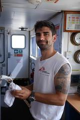 G. at work (bukovo) Tags: dignityi marinero sailor puente bridge barco boat msf