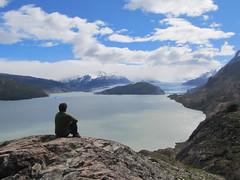 """Torres del Paine: trek du W. Jour 5: le Lago et le Glaciar Grey. Zen ! <a style=""""margin-left:10px; font-size:0.8em;"""" href=""""http://www.flickr.com/photos/127723101@N04/29636428463/"""" target=""""_blank"""">@flickr</a>"""