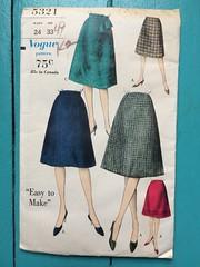 Vogue 5321 (kittee) Tags: kittee vintagesewing vintagepattern vogue vogue5321 5321 waist24 hip33 easytomake wouldsell skirt flaredskirt 1960s nodate 1962