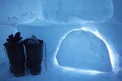 igloo P1020022 (www.AlastairHumphreys.com) Tags: snow canada expedition science arctic polar