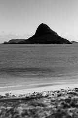 Mokoli'i Island (Steve Boer) Tags: ocean blackandwhite bw beach canon island 50mm hawaii blackwhite oahu mokoliiisland kualoaregionalpark kneohebay