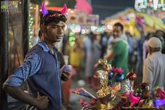 Khilone wale, Mahim Fair, Bandargaah, Mumbai, Maharashtra, India (Humayunn Niaz Ahmed Peerzaada) Tags: street saint zeiss 50mm f14 sony streetphotography carl ahmed manualfocus ze highiso planar niaz carlzeiss dargah sufisaint revered carlzeiss50mm tcarl peerzaada 50mmcarl f14carl makhdoomalimahimi sonya7s carlzeiss50mmf14zeplanartmanualfocuslens nightvisuals sufisaintmakhdoomalimahimi zeisssonysony alphamahimmumbaimaharashtraindiahumayunn peerzaadahumayunn