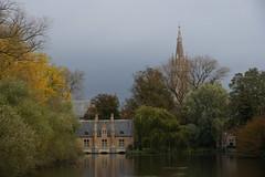 Bruges, Minnewater (moscouvite) Tags: voyage nature belgique bruges sonydslra450 heleneantonuk