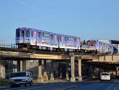 CTA Holiday Train (Robby Gragg) Tags: holiday chicago electric train cta mu 2894