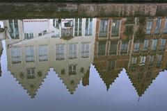 Bruges (moscouvite) Tags: voyage belgique bruges reflexion sonydslra450 heleneantonuk