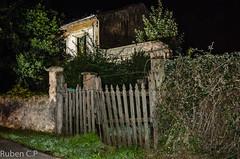 caminando por jove (ruben cp) Tags: night noche haunted gijon jove casaabandonada lacalzada