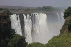 """Victoria Falls """"Mosi o tunya"""" (www.JnyAroundTheWorld.com - Pictures & Travels) Tags: zimbabwe africa victoriafalls waterfalls mosiotunya landscape 7wonders nature jny falls cascade cascades canon jnyaroundtheworld jenniferlavoura"""