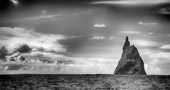 Ball's Pyramid Monochrome (Iksana Imagery) Tags: seastack lordhoweisland ballspyramid