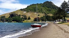 Broken Free- Pilot Bay, Mt Maunganui (flyingkiwigirl) Tags: bay mt yacht mooring pilot maunganui