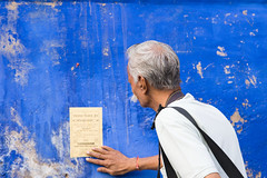 (durgeshnandini) Tags: old india man photographer aged disturbing leaflet jodhpur bluecity shivjijoshi