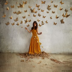 Revival (Fer Siciliano) Tags: autumn sunset art texture love girl face fairytale butterfly hojas gold golden model dress arte fineart fantasy otoo rebirth mariposa