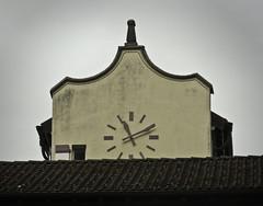018 clock (jasminepeters019) Tags: clock europe time clocktower timepiece europetrip ticktock 100shoot