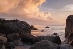 Guadeloupe 2106 (lemwan) Tags: sunset sea mer nikon coucherdesoleil guadeloupe roches antilles gwada carabes basseterre vieuxfort riviresens lemwan