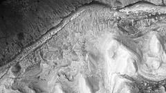 ESP_012551_1750 (UAHiRISE) Tags: mars landscape science nasa geology jpl universityofarizona mro