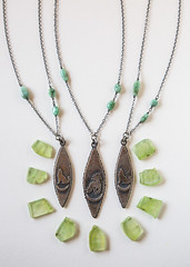 (The Noisy Plume) Tags: necklace metalsmith thenoisyplume
