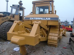 CAT D7H-II 2 (Kitmondo.com) Tags: colour building industry yellow metal cat truck work photo big construction industrial factory technology tech image outdoor working large machine mining equipment caterpillar machinery infrastructure vehicle labour kit heavy heavymachinery construct heavyduty