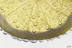 Lemon (Ali Llop) Tags: macro yellow fruit lemon bubbles fruta amarillo 90mm limon burbujas macromondays