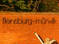 P1200982 (Gtz Wiedenroth  www.wiedenroth-karikatur.de) Tags: flensburg mrwik sonwik marinesttzpunkt vormals