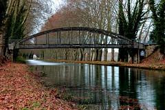 Pont sur canal de la Garonne (Les photos de LN) Tags: automne canal rivire pont garonne berges fleuve marmande lotetgaronne