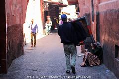 MAROCCO (patrizio.buralli) Tags: graffiti muslim maroc marocco marrakech souk riflessi viaggi essaouira biciclette specchi giardiniere