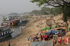 Ayeyarwaddy shore (I.M.W.) Tags: myanmar burma mandalay amarapura ayeyarwaddyriver irrawaddyriver bank shore sand boats tents water river asia people