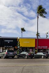 La Belgique, sous les palmiers ! (Briskin B.) Tags: california street usa sandiego lajolla palm stores rue palmier californie magasins belgianflag drapeaubelge