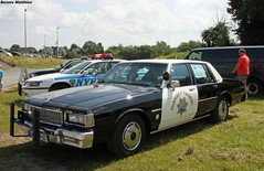 Highway Patrol Caprice (Schwanzus_Longus) Tags: california street family usa white green classic chevrolet car america sedan germany us big highway yacht police hannover chevy german american cop land shelton chp vehicle department cruiser patrol mag oldenburg motorshow caprice 9c1