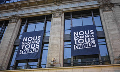 #MarcheDu11Janvier #JeSuisCharlie #MarcheRepublicaine Paris (y.caradec) Tags: paris france lumix europe îledefrance nation charlie liberté marche républicaine gx7 dmcgx7 lumixgx7 marcherepublicaine noussommescharlie jesuischarlie 11janvier2015 marchedu11janvier